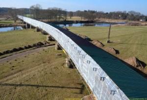 Gerüst bauen kann begeisterung bei den Gerüstbauern auslösen, bei einer so großen Eisenbahnbrücke